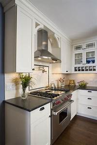 Dishy Range Hood Ideas with White Kitchen Pot Filler