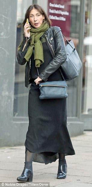 celebrities carry  designer bags