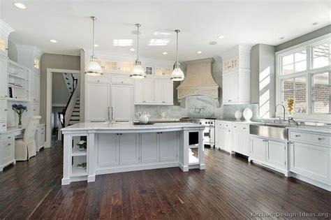 aldo kitchen cabinet best 25 american kitchen ideas on wood 1194