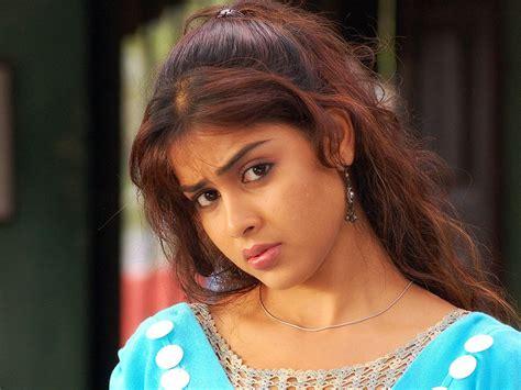 Genelia Wallpapers Tamil Actress Tamil Actress Photos Tamil Actors Pictures Tamil Models