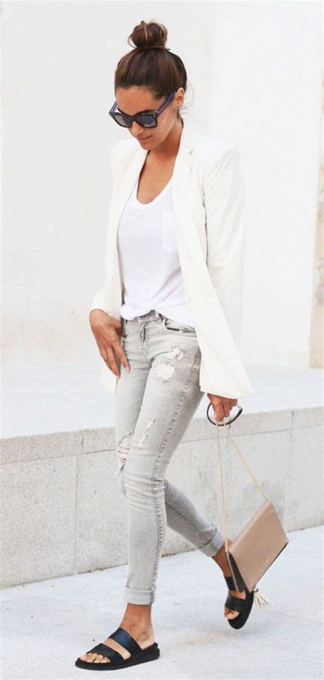 Best 25+ Gray jeans ideas on Pinterest | Chic womens fashion Womens jeans outfits and Gray ...