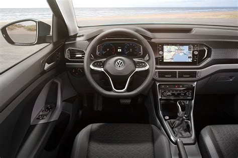 vw t cross verkaufsstart new volkswagen t cross is a baby suv with big ambitions motoring research
