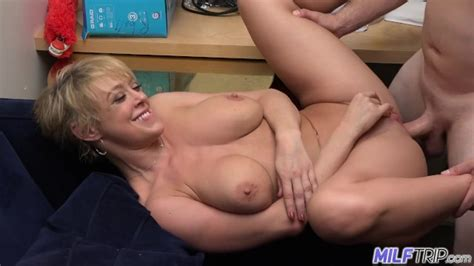Milf Trip Sexy Short Haired Blonde Milf Dee Williams Part 1