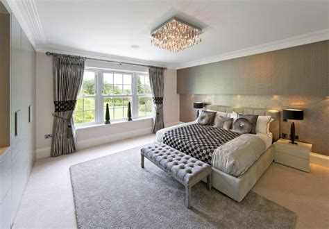 Chandeliers In Bedrooms by 10 Beautiful Bedrooms With Chandeliers Housely