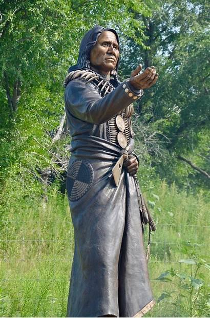 Ponca Tribe Bear Standing Chief Statue Niobrara