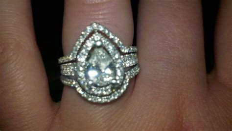 pear ring help with wedding band