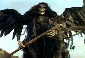 Cinematic Catharsis: Cemetery Man (aka: Dellamorte Dellamore)