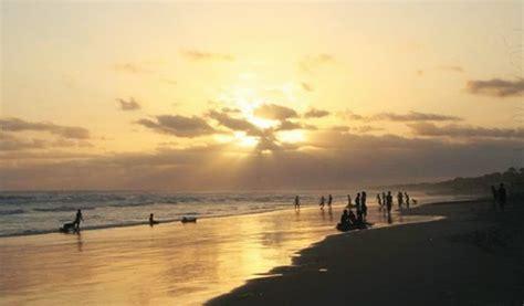 foto pantai bagedur malimping banten tiket masuk beach