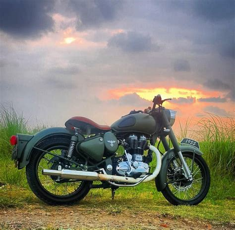 Royal Enfield Himalayan Backgrounds by Pin By Shivaling Biradar On Pintrest Bullet Bike Royal