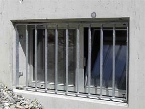 Einbruchschutz Stange Vor Fenster : burg schlosserei fenstergitter ~ Michelbontemps.com Haus und Dekorationen
