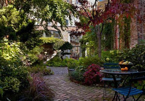 15 Ideen Fuer Rustikalen Ziegel Und Holzbodendark Brick Flooring Modern by Garten Landschaftsbau Mit Ziegeln 15 Tolle
