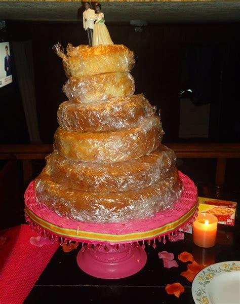 my 1st ever diy wedding cake and diy cake stand