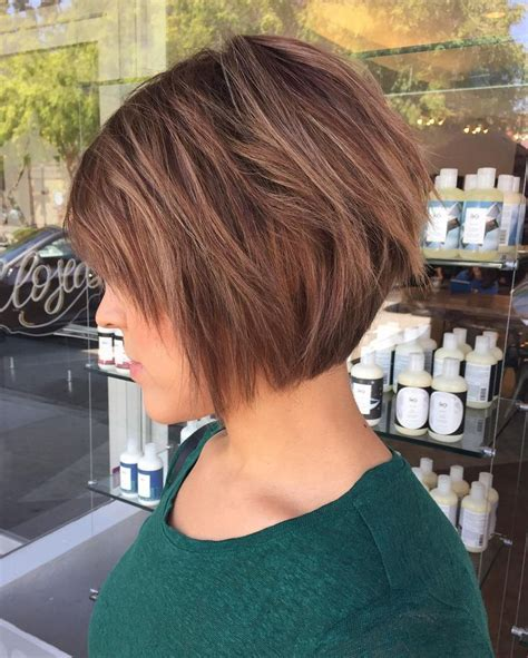 25  best ideas about Cute Bob Haircuts on Pinterest   Wavy