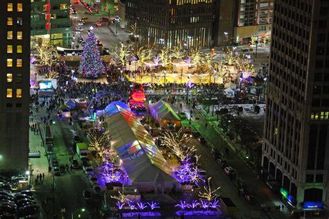 cus martius tree lighting 2017 christmas tree lighting in cus martius opens downtown