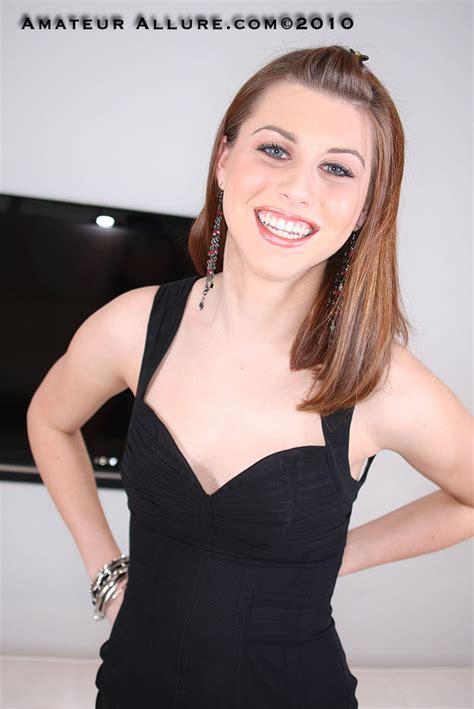 Shaved Brooke Van Buuren Giving Blowjob