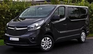 Opel 9 Places : opel vivaro combi renault trafic le m ga ludospace utilitaire 7 ou 9 places ~ Gottalentnigeria.com Avis de Voitures