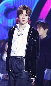 NCT Jeong Jaehyun Yoonoh (Dengan gambar)