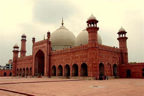 5 Historical Landmarks in Lahore