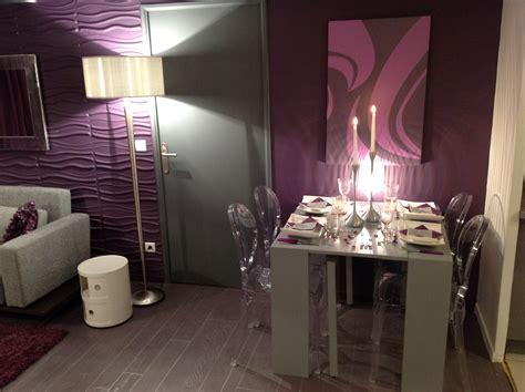 chambre grise et prune idee peinture salon noir et blanc