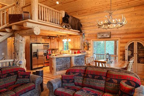 pictures of interiors of homes log home interiors yellowstone log homes