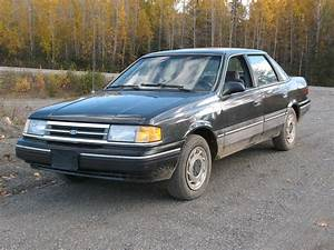 1990 Ford Tempo Base
