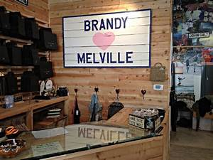 Judging Boutiques – Brandy Melville – Beyond the Creek