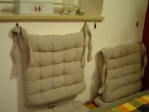 Spiegel An Der Wand Befestigen : r ckenkissen ohne bohren an der wand befestigen ~ Markanthonyermac.com Haus und Dekorationen