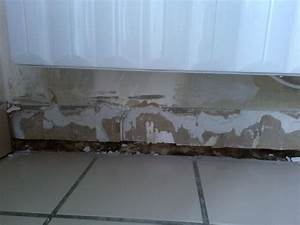 Enlever Carrelage Sur Placo : rebouchage bas de mur ~ Dailycaller-alerts.com Idées de Décoration