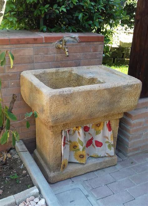 lavelli da giardino 74 best realizzazioni fontane a muro e lavelli images on