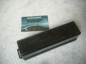 A Genuine Jaguar X300 Xj6 X308 Xj8 Boot Trunk Fuse Box
