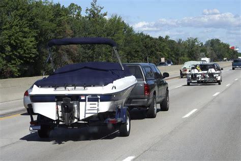 boot mit trailer trailerbare boote darauf achten boot und yachten de
