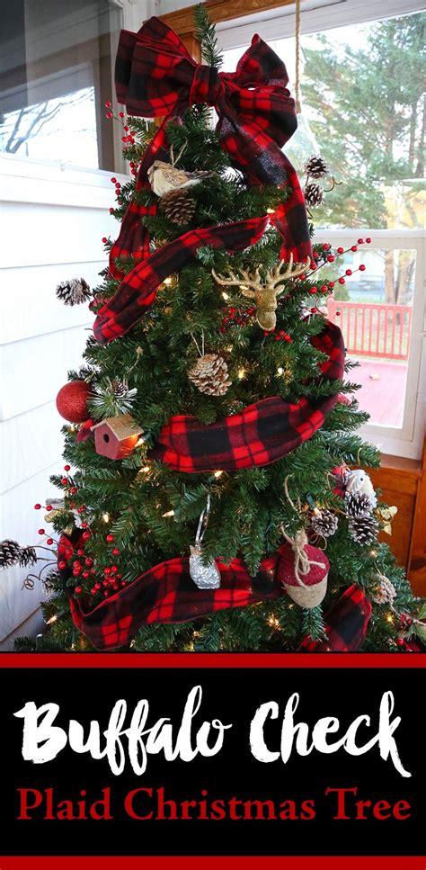 christmas tree decorating ideas with plaid ribbon buffalo check plaid tree your craft plaid