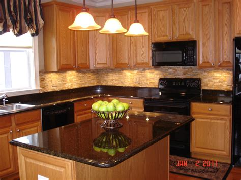 Decorating Ideas For Kitchen With Oak Cabinets by Hardware For Oak Kitchen Cabinets Greenvirals Style
