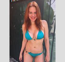 Maitland Ward In Bikini At A Beach In Santa Monica Hawtcelebs Hawtcelebs