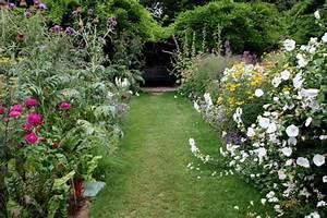 Rindenmulch Als Gartenweg : rindenmulch ist weich und g nstig als gartenweg belag 6 ~ Lizthompson.info Haus und Dekorationen