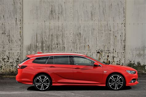 opel insignia vauxhall insignia sports tourer review parkers