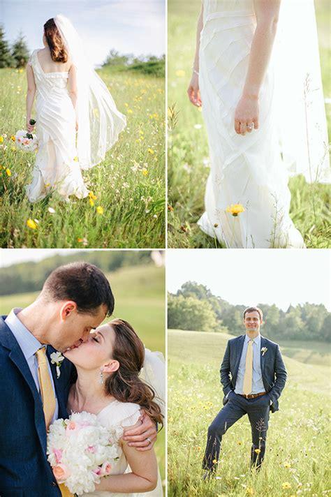 cottage wedding dress summer cottage wedding in wisconsin