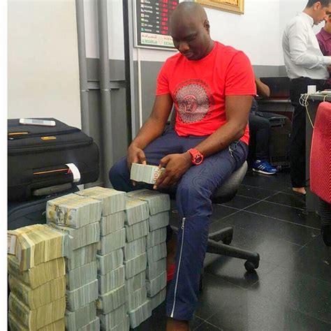 nigeria bureau de change ismaila mompha flaunts 4million on instagram photos