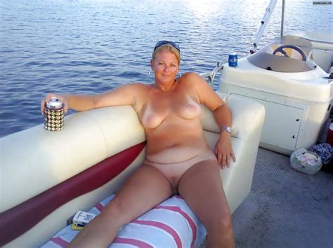 Mature Nude Boating 137 Pics 3 XHamster