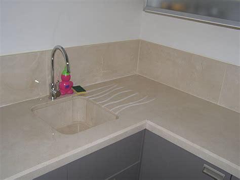 plan de travail cuisine evier integre plan de travail et vier intgr en marbre couleur