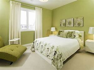 How to decorate bedroom with green colour interior for Green bedroom paint colors