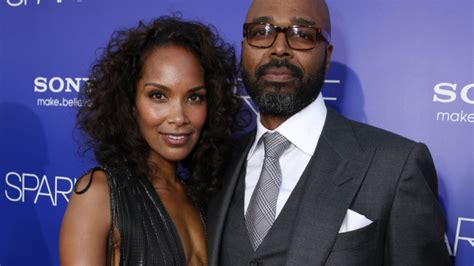 ABC Nabs Mara Brock Akil, Salim Akil Romantic Comedy ...