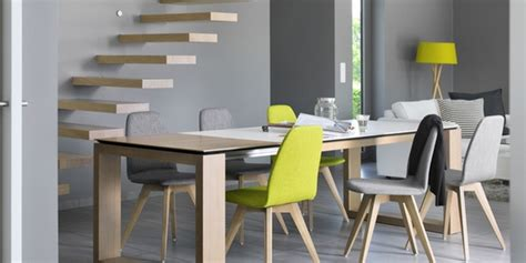 table haute de cuisine avec tabouret osez la tendance dépareillée avec les chaises mobitec