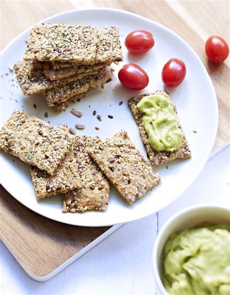 les recette de cuisine crackers aux graines pour 8 personnes recettes à table
