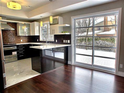 cuisine sol cuisine moderne délimitée par le sol en marbre maisons la