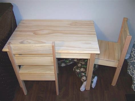 Woodworking Plans For Childrens Table And Chairs