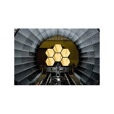 Mirrors of the James Webb Space Telescope - RobotSpaceBrain