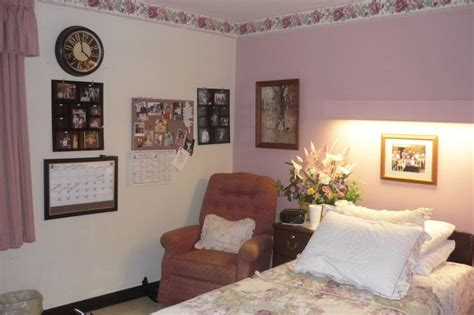 Home Design Ideas For Small Living Room by Decorate A Nursing Home Room To Create A Comfortable
