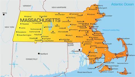 massachusetts pharmacy technician requirements