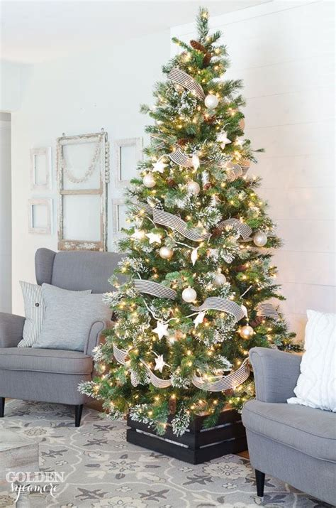 beautiful black  gold christmas tree  golden
